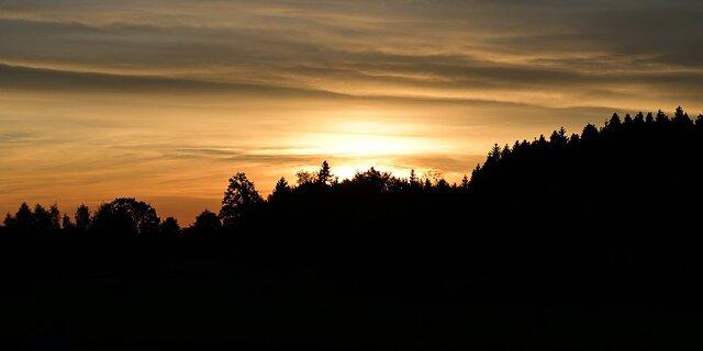 Show Clouds Sunrise/Sunset - M.
