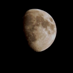 Olympus SP610UZ - The Moon