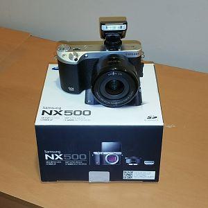 Samsung NX500 Front