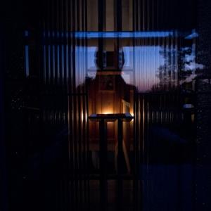 SIJ28 ~ at the door....