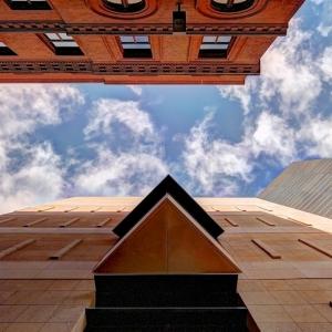SIJ - Day 1:  Detail - Cesar Pelli's Malone Center
