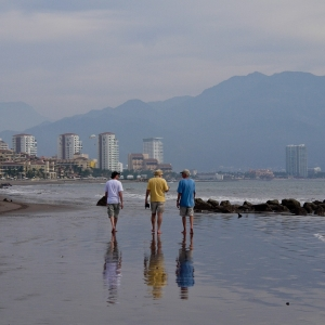 SIJ Day 20 - A stroll on the beach