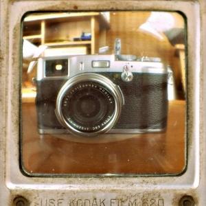 SIJ Day#23 - X100 through the viewfinder