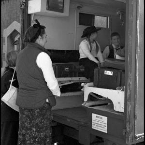 school_children_experiencing_WW2_ambulance