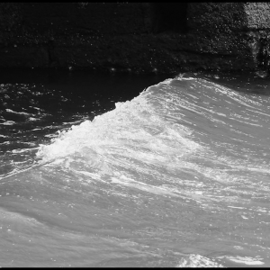 Wind against the tide No3