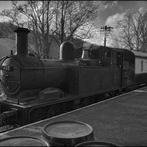Collett Class 1400 enters Staverton Station
