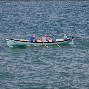 An oarsman missing