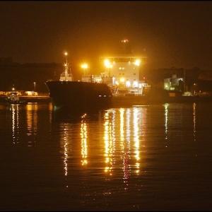 Bro Deliverer berthing after dark-1