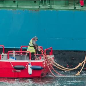 Taking mooring lines ashore