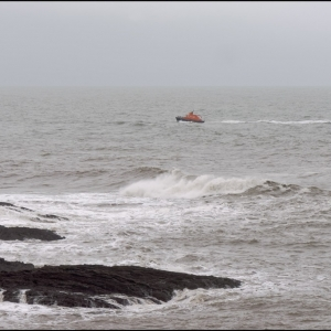 Plymouth Lifeboat off Stoke Point