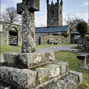 Sheepstor, cross and church